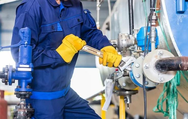 5 dicas para reduzir os riscos de acidentes durante a manutenção de máquinas industriais
